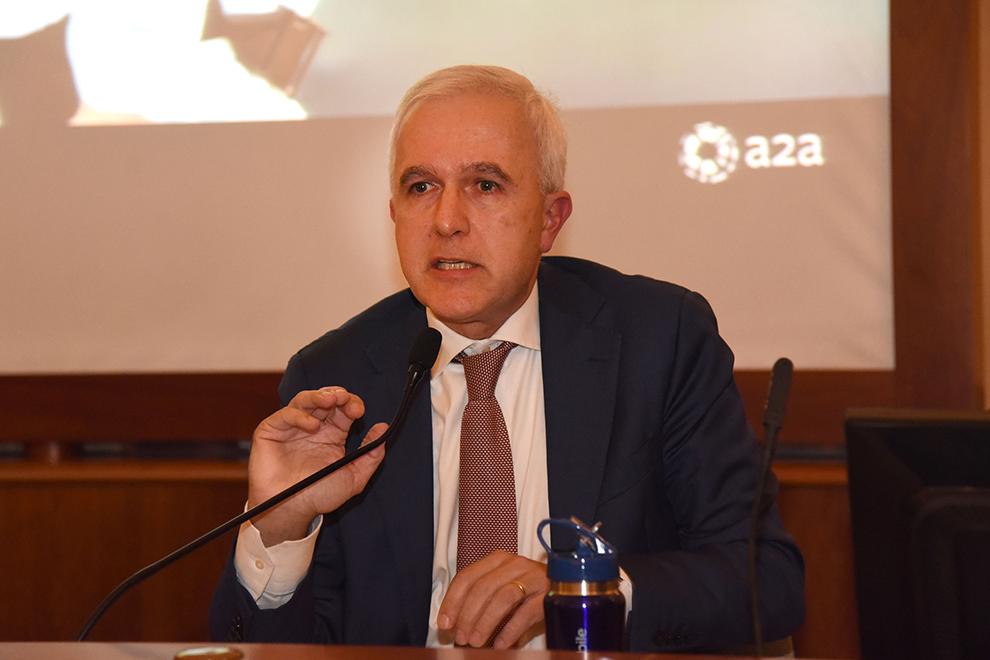 Giovanni Valotti presenta il quinto Bilancio di Sostenibilità di Brescia