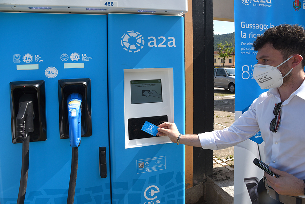 Inaugurata la nuova rete di ricarica per veicoli elettrici di Gussago