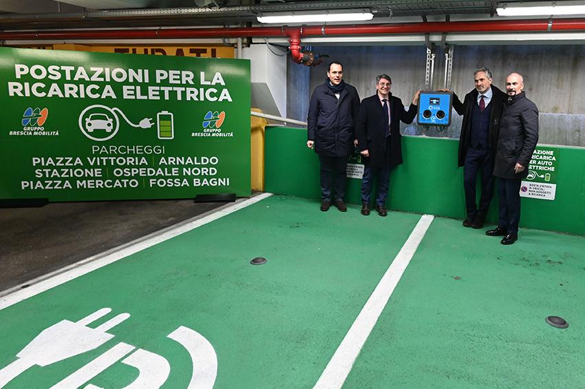 A Brescia nuove colonnine di ricarica elettrica in cittá e nei parcheggi